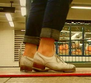 Metropolitan Ave Station, Brooklyn